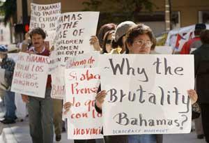 Sectores moderados del exilio protestan contra el gobierno de Bahamas